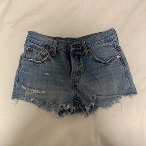 Blue Levi's 501 Shorts (size 25)